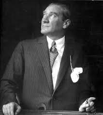 Ataturk'un bilim ve sanata verdigi onem